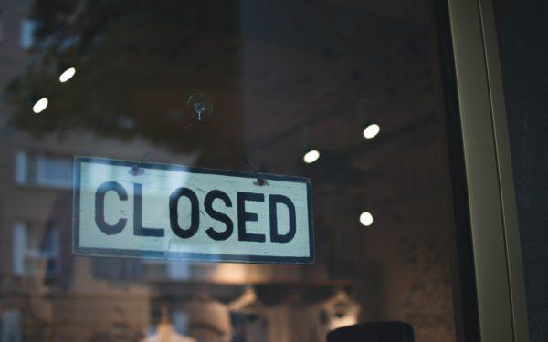 closed-sign-on-shop-door